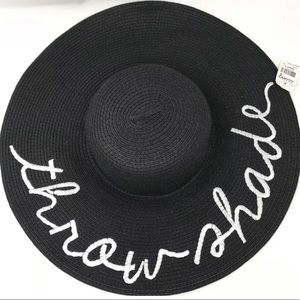 Throw Shade floppy straw hat black white NEW!